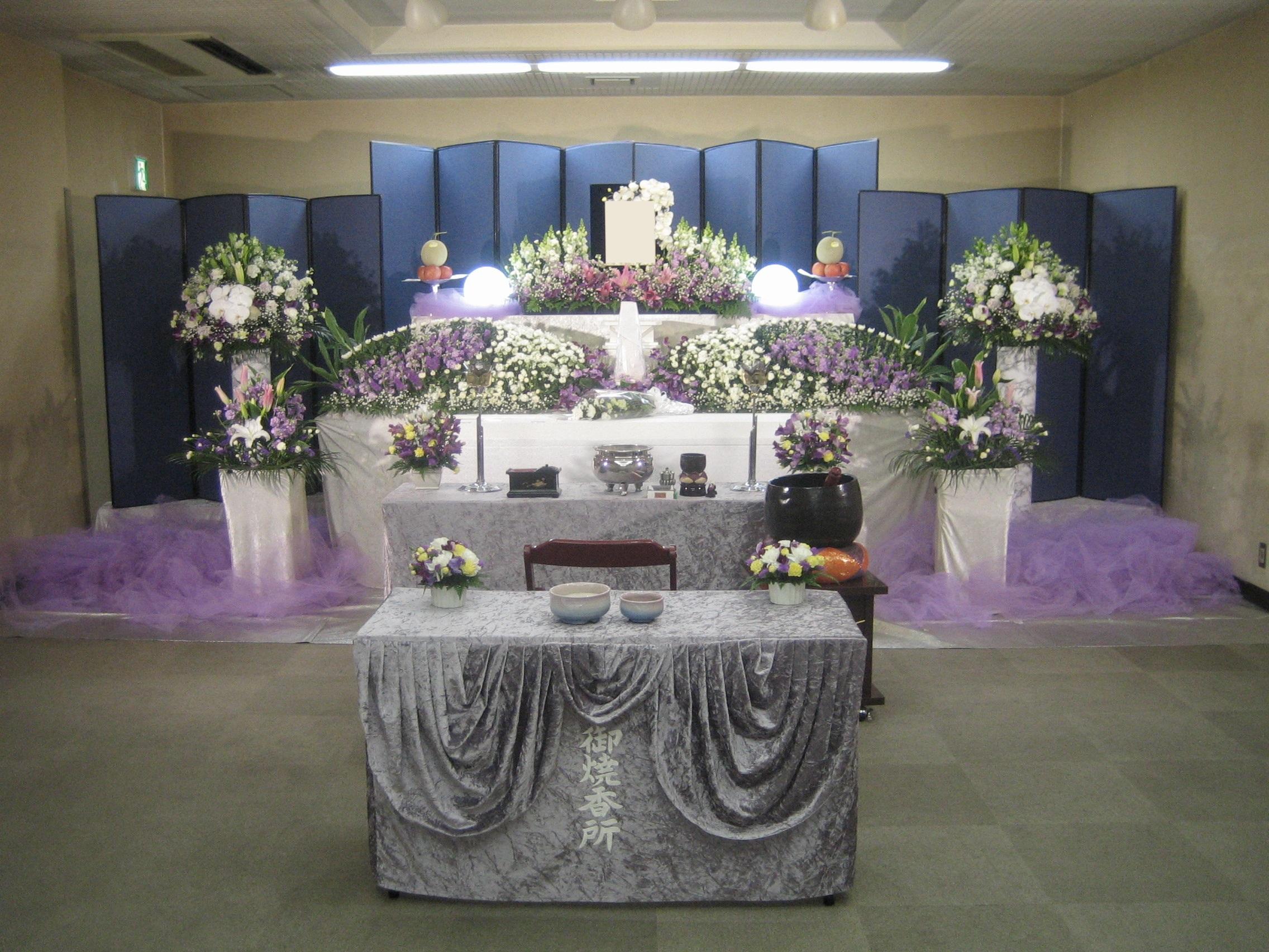 家族葬 グレードアップ花祭壇65万(税込)プラン